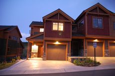 Rolling Ridge Townhomes Silverthorne Condo Sales Up 33% in Summit County, Colorado