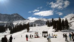 arapahoe basin closing day Colorado date